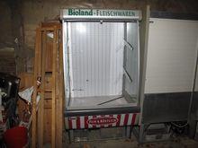 Rolladen-refrigerated shelves N
