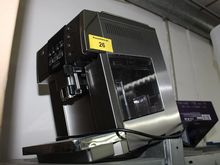 Coffee machine DELONGHI ESAM 66