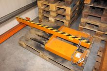 Crane arm for forklift truck LA