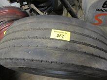 Truck tires GT 879 GSR Radial 2