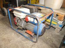 Power generator GEKO 6800 ED-A