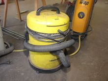 Commercial vacuum cleaner KÄRCH