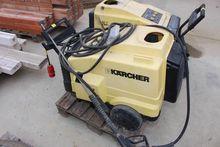 Hot water high pressure cleaner