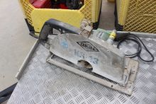 Wet hand circular saw HITACHI P