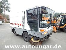 2000 Ravo 5002 ST 2x broom high