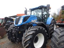 2015 New Holland T7270AC