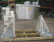 350 Gallon Tilting Mix Tank 350