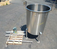 Used 500 Gallon Mixi