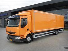 2010 Renault 220.12 LIGHT Box t