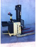 Used 2006 HYSTER S1.