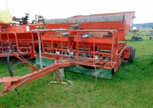 1988 Structural Seed drill