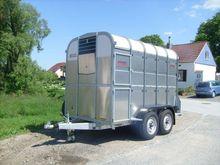 2016 Nugent LS106 Livestock tra