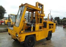 1983 Henley 2712 Side loader
