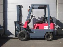 2000 NISSAN NJ01A15 4-wheel fro