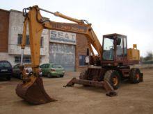 1990 CASE 1088 Wheel excavator