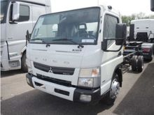 2016 Fuso 7C15 Cab chassis truc