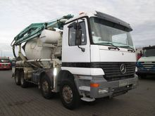 2000 Mercedes Benz 3240 8X4 mix