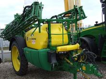 2015 John Deere 732 Trailed spr