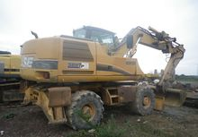 Used 2003 CASE WX 17