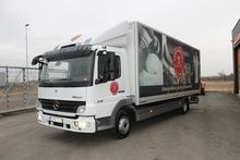 2011 Mercedes-Benz 918 L Box tr