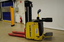 2008 Hyster S1.5S-IL Stacker