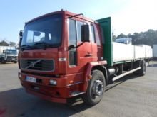2005 VOLVO FL6E Dropside truck