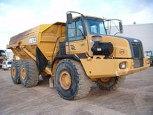 Used 2003 Bell B 40