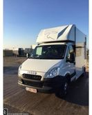 2014 Iveco PAARDENCAMION Livest