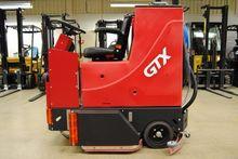 2010 GTX Tow tractor