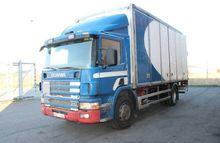 2000 Scania P114LB4X2NB340 Box