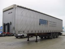 2009 Kögel Curtainsider semi-tr