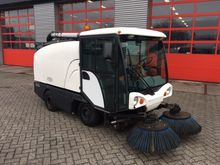 2004 Johnston 142A 101T Sweeper