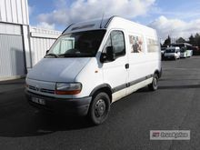 RENAULT MASTER 90.35 Closed box