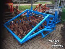 2002 Zibo 220 Farm roller
