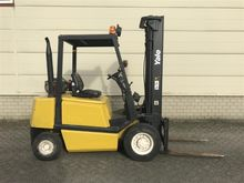 2000 Yale GLP 25 TF 4-wheel fro