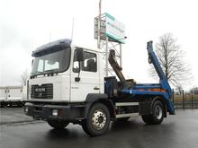MAN M38 18.280 B Skip loader tr