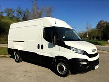 Iveco Daily 35 S 13 3300 Closed