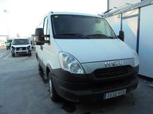 2013 Iveco Daily 35S13 Closed b