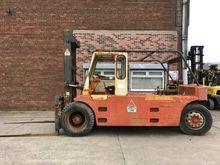 1985 Henley 2648 Forklift