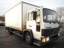 1991 VOLVO FL6 Box truck