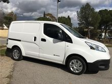 Nissan NV200 ELECTRICA Closed b