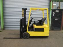 Used 1998 HYSTER J1.