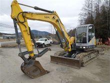 2004 GEHL G12002RD