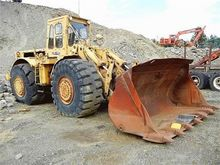Used CATERPILLAR 988