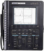 Tektronix THS730A 200 MHz, Hand