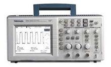 Tektronix TDS1001 40 MHz, Digit