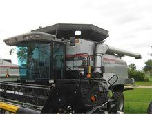 2002 GLEANER R62
