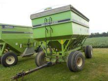 Used 500 Bushel Gravity Wagon for sale  E-Z Trail equipment