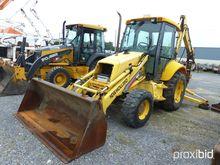 2000 New Holland 655E 4x4 Tract
