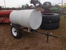 Fuel Tank on Trail w/12 Volt Pu